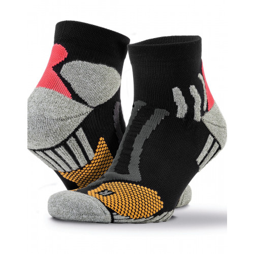 COMPRESSION SPORTS SOCKS